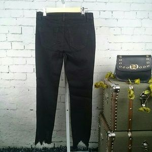 Rocks & Indigo Jeans - NWT Rocks & Indigo blk, floral, distressed jeans